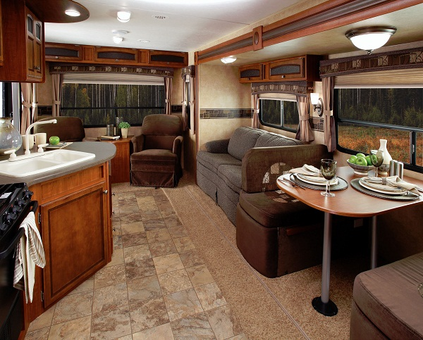 Auto, Boats & RV Cleaning